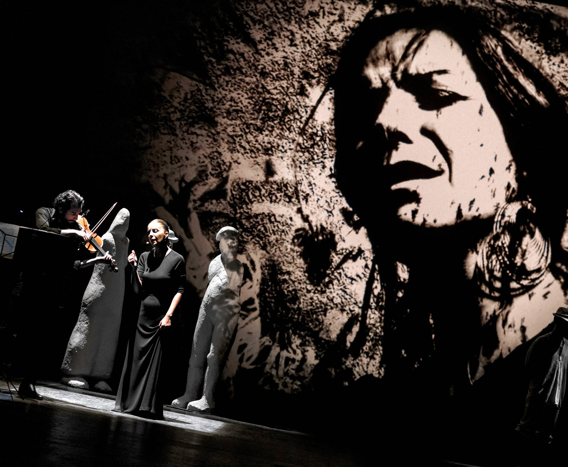 Mistični kazališni spektakl La Fura dels Baus u Lisinskom