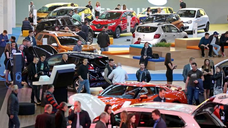 Raste prodaja, ali građani su kupili tek svaki četvrti auto
