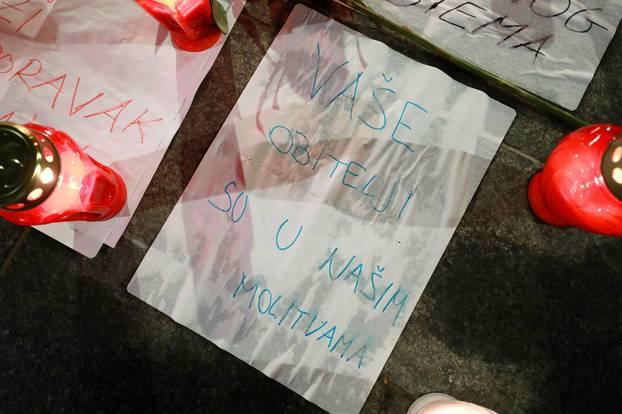 Zagreb: Poruke podrške i svijeće osvanule na Britancu