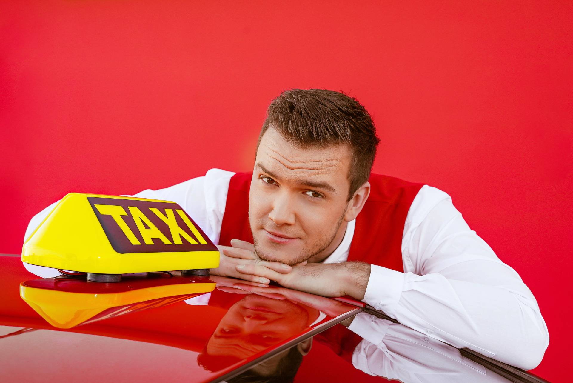 Luka Basi izbacio pjesmu Taxi pa poručio: 'Ne vozi kada piješ'