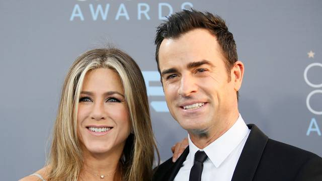 FILE PHOTO: Actors Jennifer Aniston and Justin Theroux arrive at the 21st Annual Critics' Choice Awards in Santa Monica