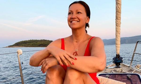 Nina još uživa na moru i pozira bez šminke: 'Prirodna ljepotica'