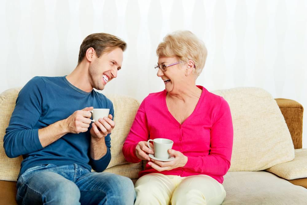 Koliko često vaš suprug zove svoju mamu?