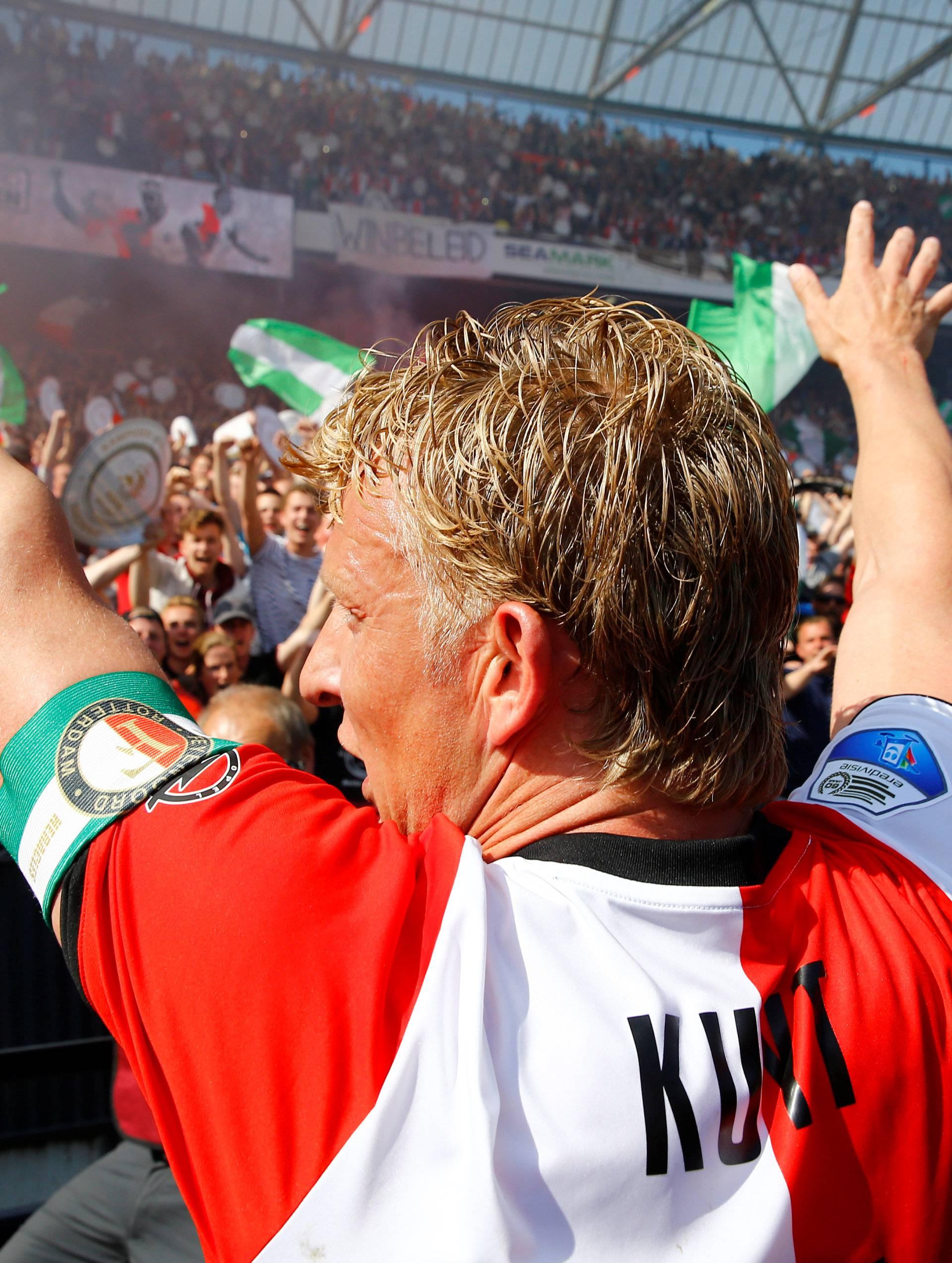 Football Soccer - Feyenoord Rotterdam v Heracles Almelo - Dutch Eredivisie