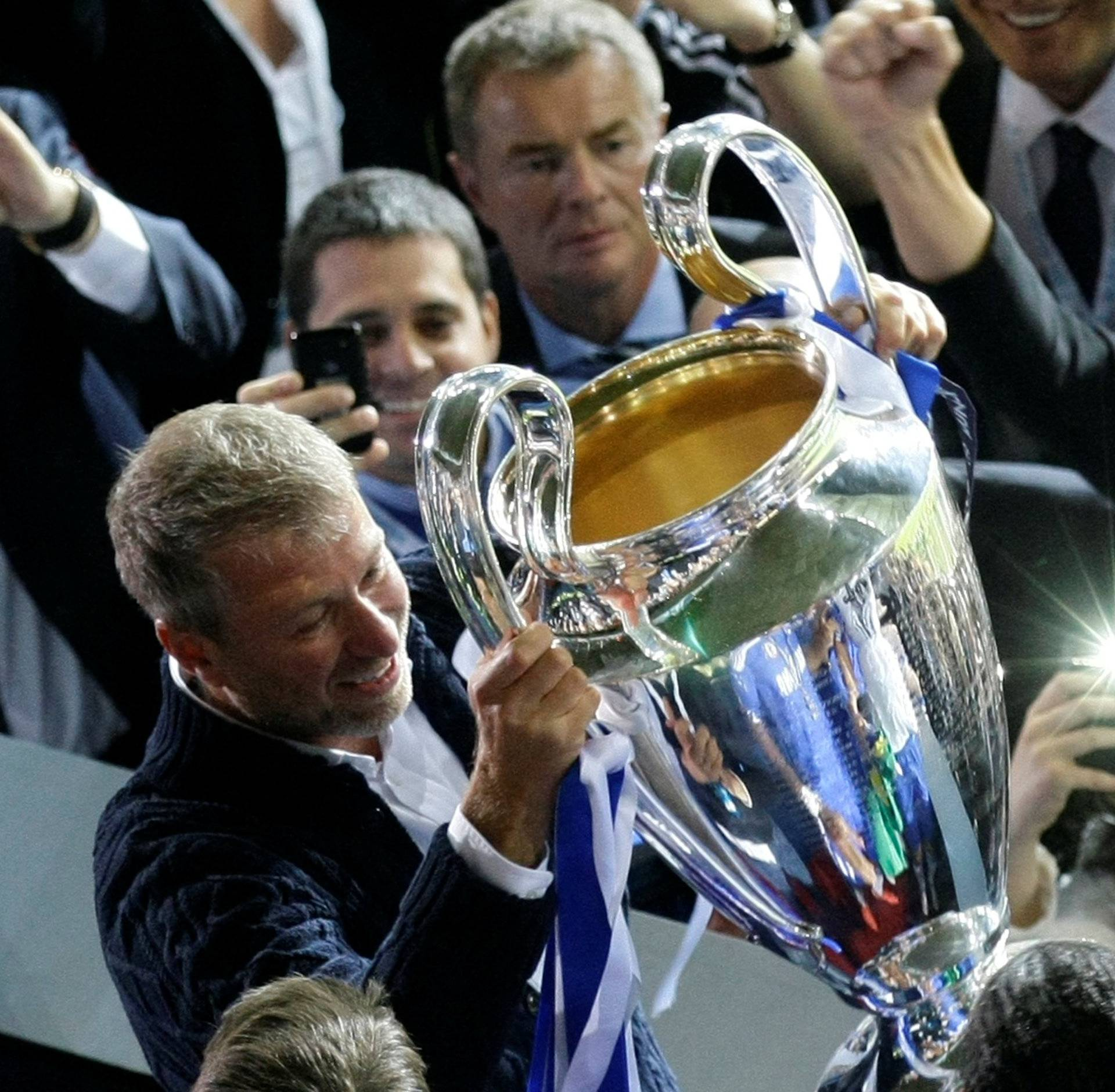 FILE PHOTO: Chelsea owner Abramovich lifts the UEFA Champions League trophy after winning the final soccer match against Bayern Munich at the Allianz Arena in Munich