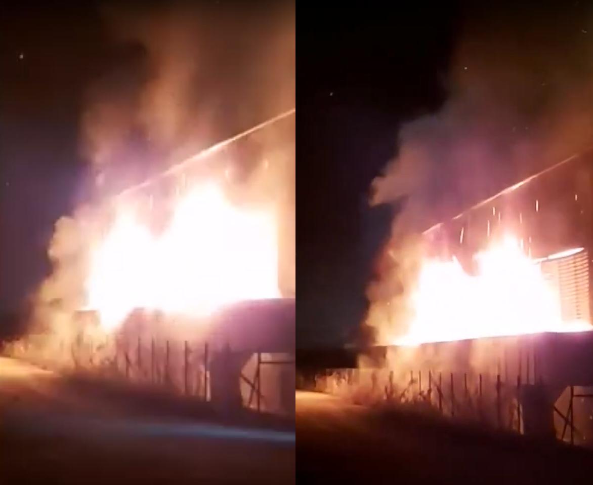Buknuo požar u Glini: Gorjelo je skladište drvne industrije