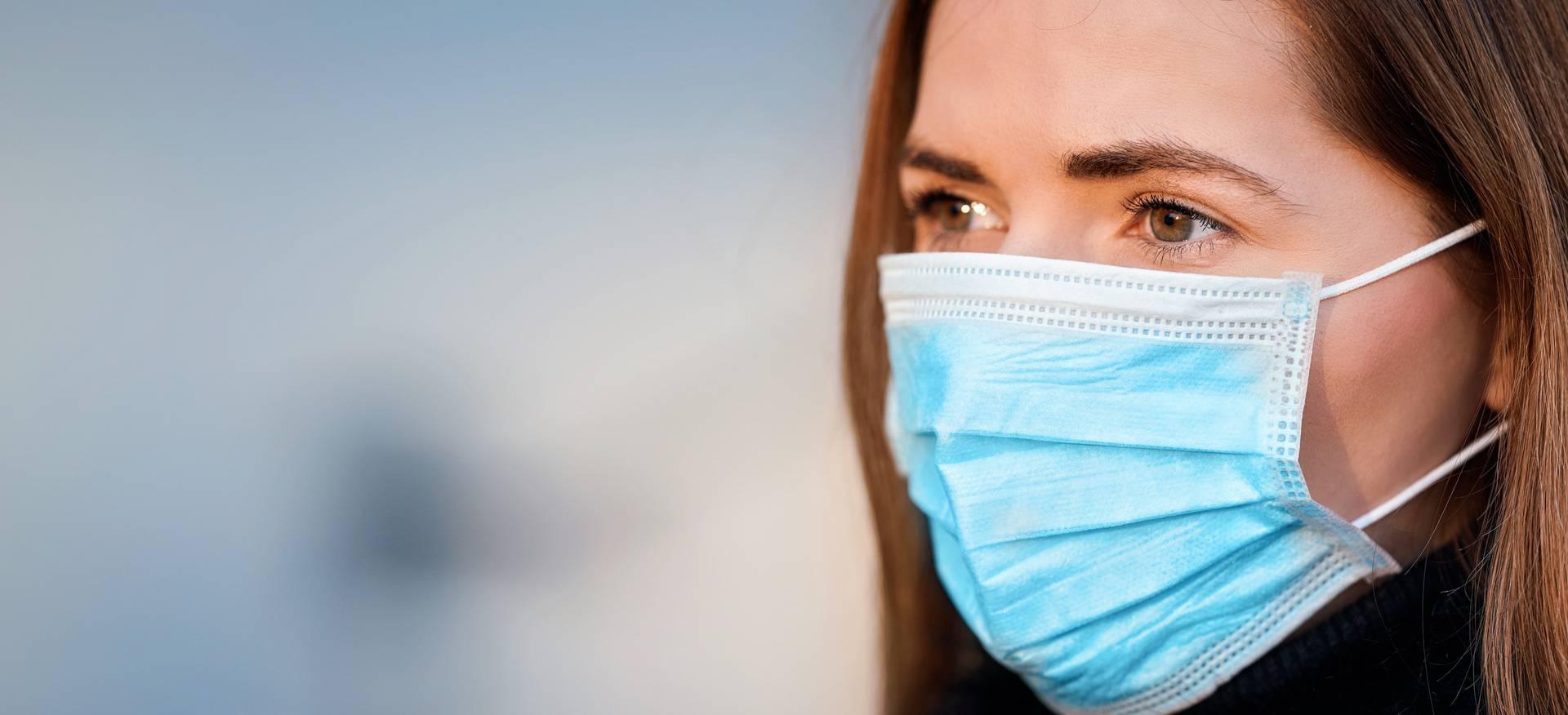 Eko organizacije ukazuju da su višekratne maske bolja opcija za okoliš od jednokratnih