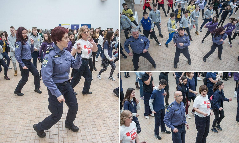 Osječki policajci plesali protiv sve većeg nasilja nad ženama