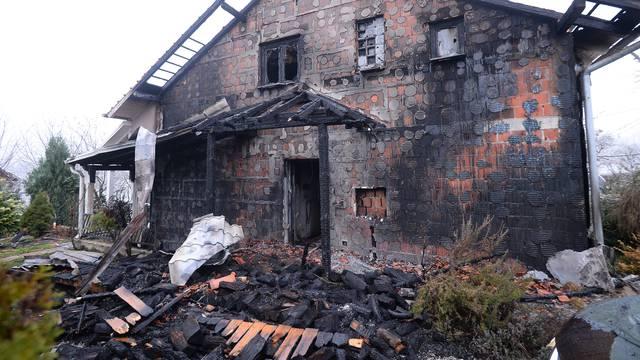 U Kupinečkom Kraljevcu izgorjela obiteljska kuća