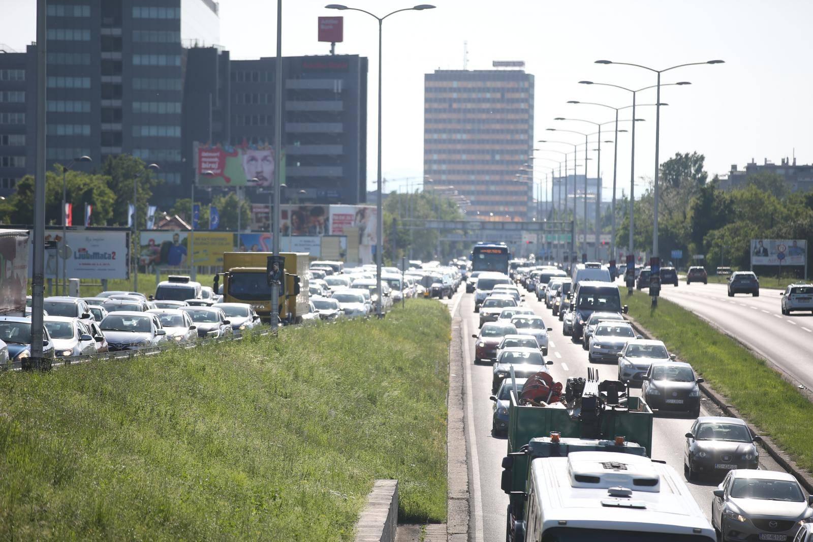 Gužve na zagrebačkim prometnicama zbog održavanja INA Delta Rallyja