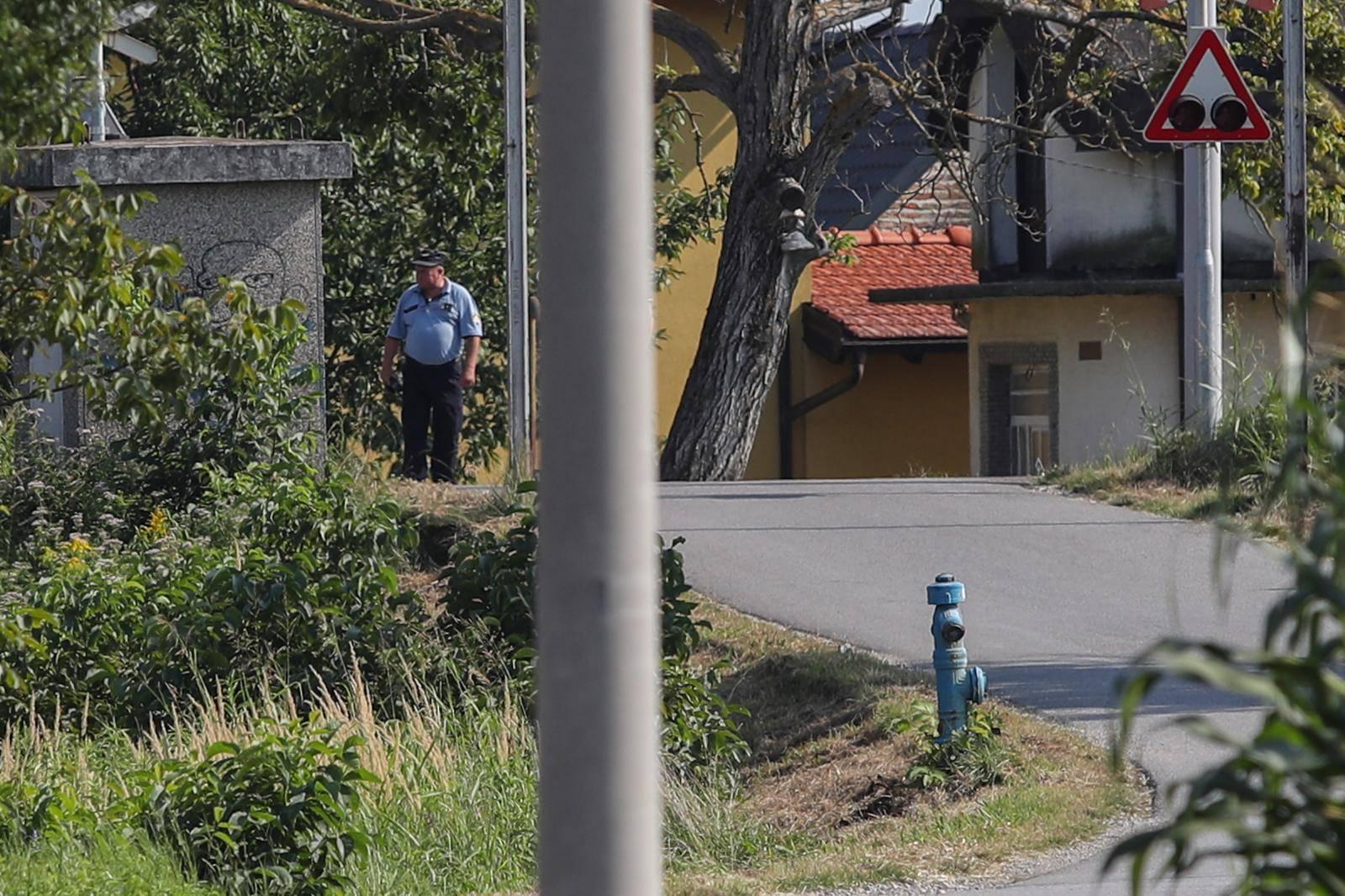 U naletu vlaka na auto u Novom Zagrebu poginuo jedan čovjek