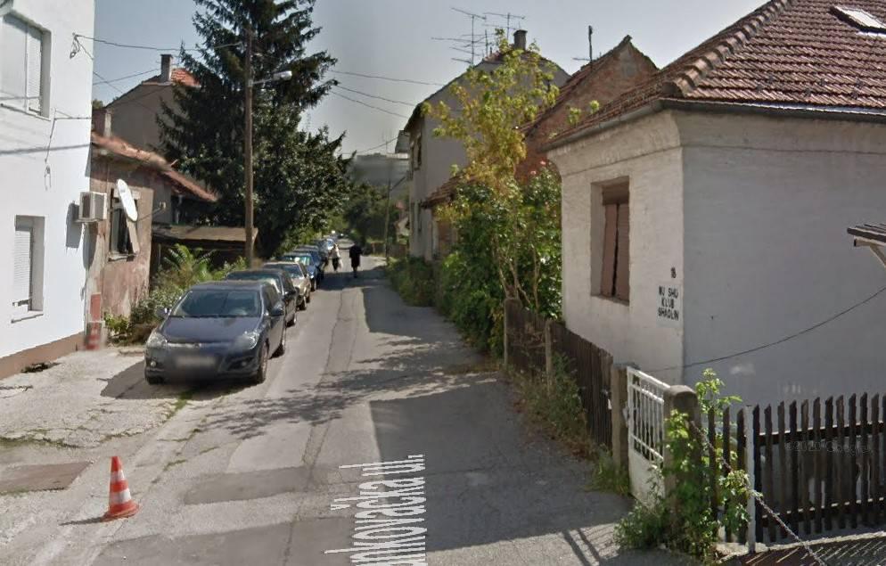 Urušila se kuća, zagrebački  vatrogasci osiguravaju objekt od nastavka urušavanja