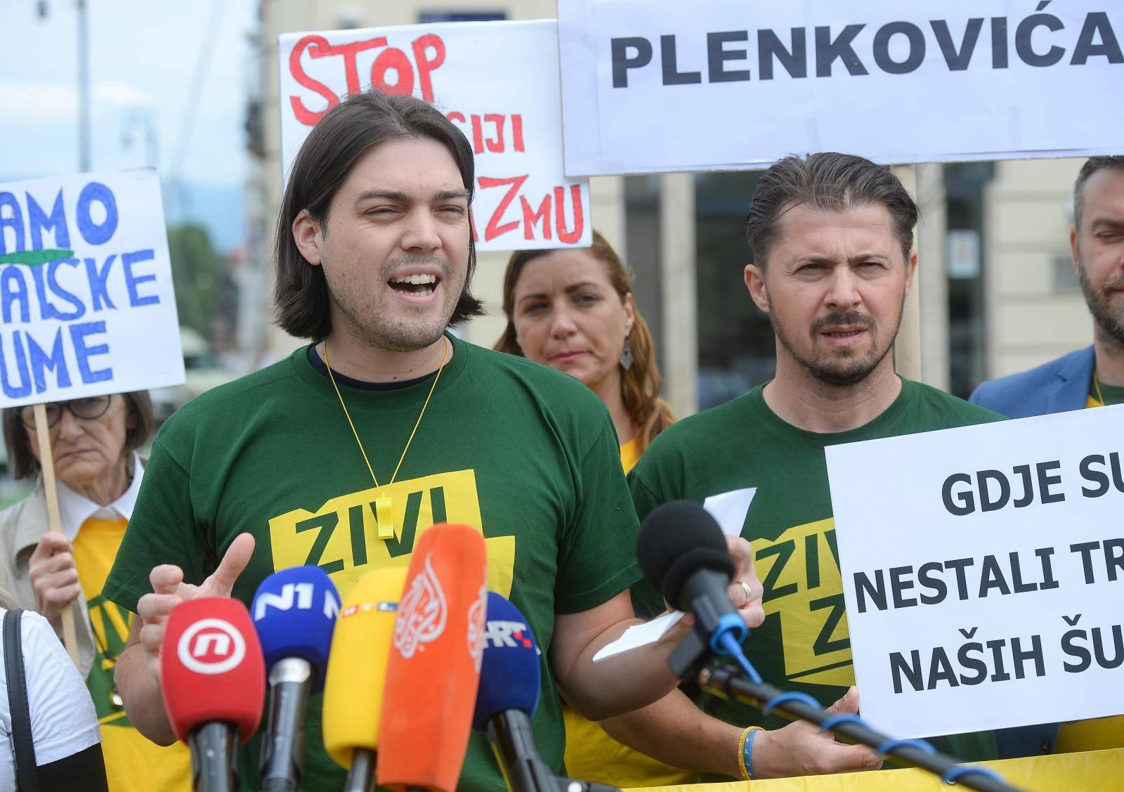 Zagreb: Konferencija za medije Živog zida o pretresima i uhićenjima  uHrvatskim šumama