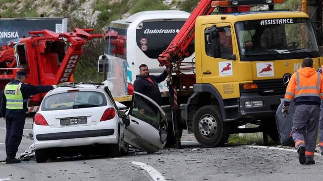 Bakarac: Jedna osoba poginula u sudaru autobusa i osobnog automobila