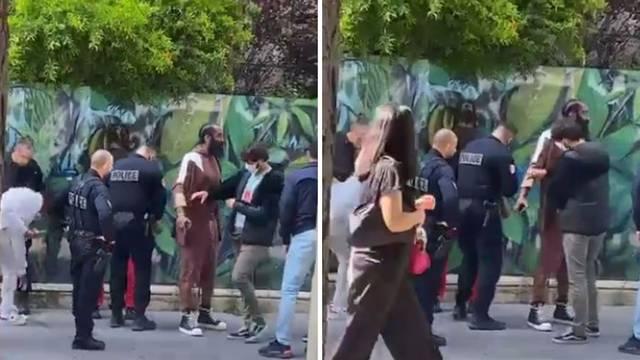 Hardena pretresla policija na ulici zbog trave, nije ga uhitila