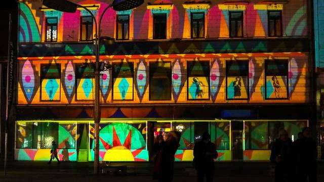U Osijeku počeo Kaleidoskop: Predivan svjetlosni spektakl