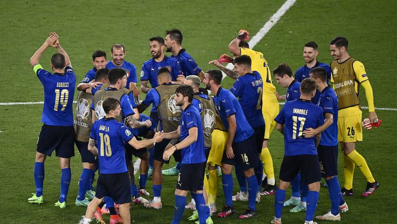Italija prva reprezentacija u osmini finala: Pali i Švicarci!