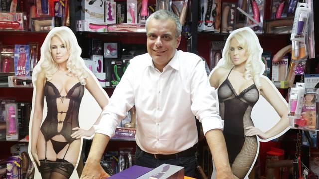 'Uživao sam': Riječki političar u kampanji posjetio i sex shop