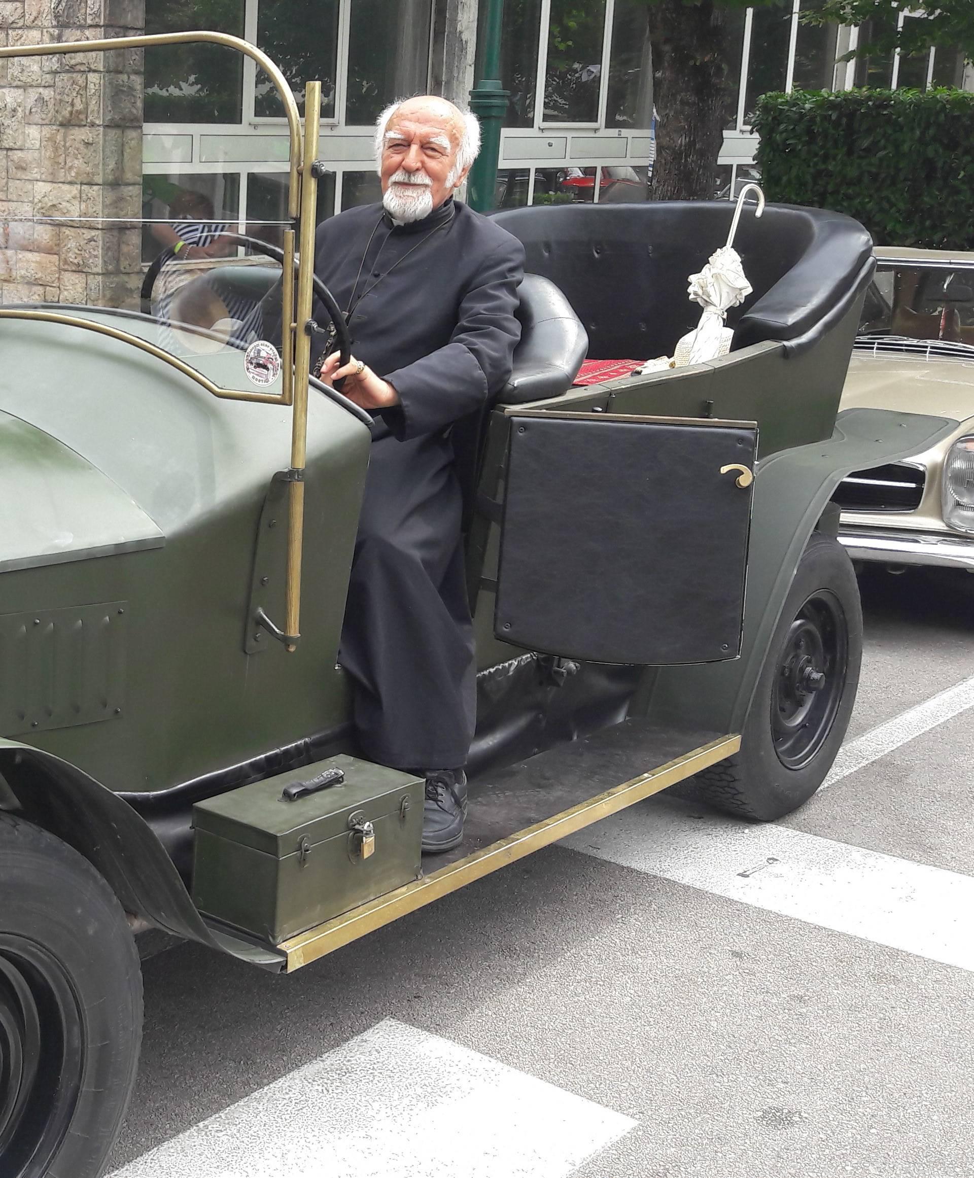 Imotski:  Izložili auto u kojem je bio ubijen Franjo Ferdinand