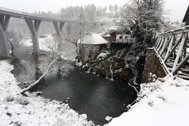 Bijela zimska idila u Rastokama
