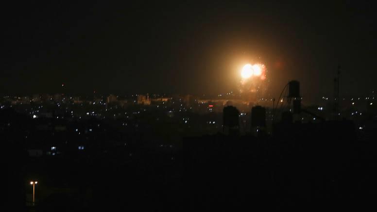 Nema mira u Gazi: Izraelci noćas avionima gađali ciljeve Hamasa