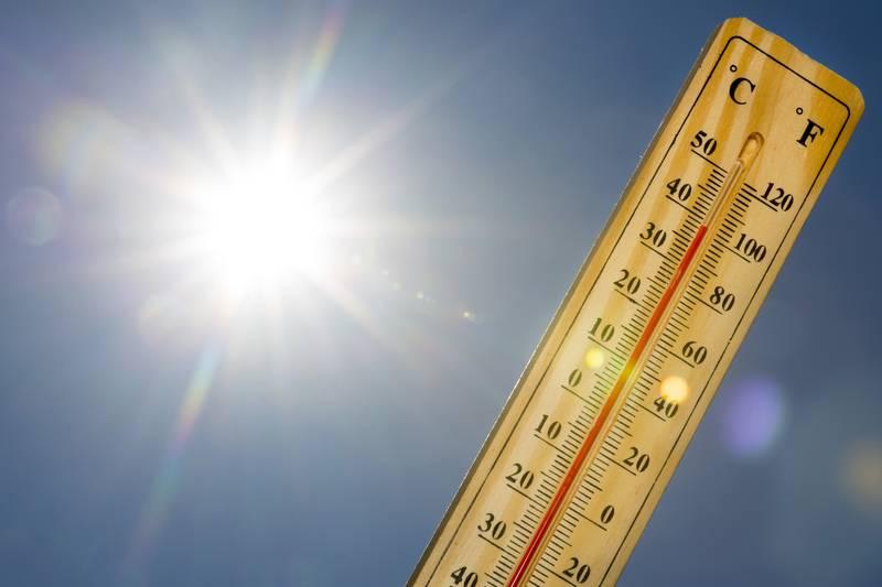 Mercury thermometer Summer heat Sun light