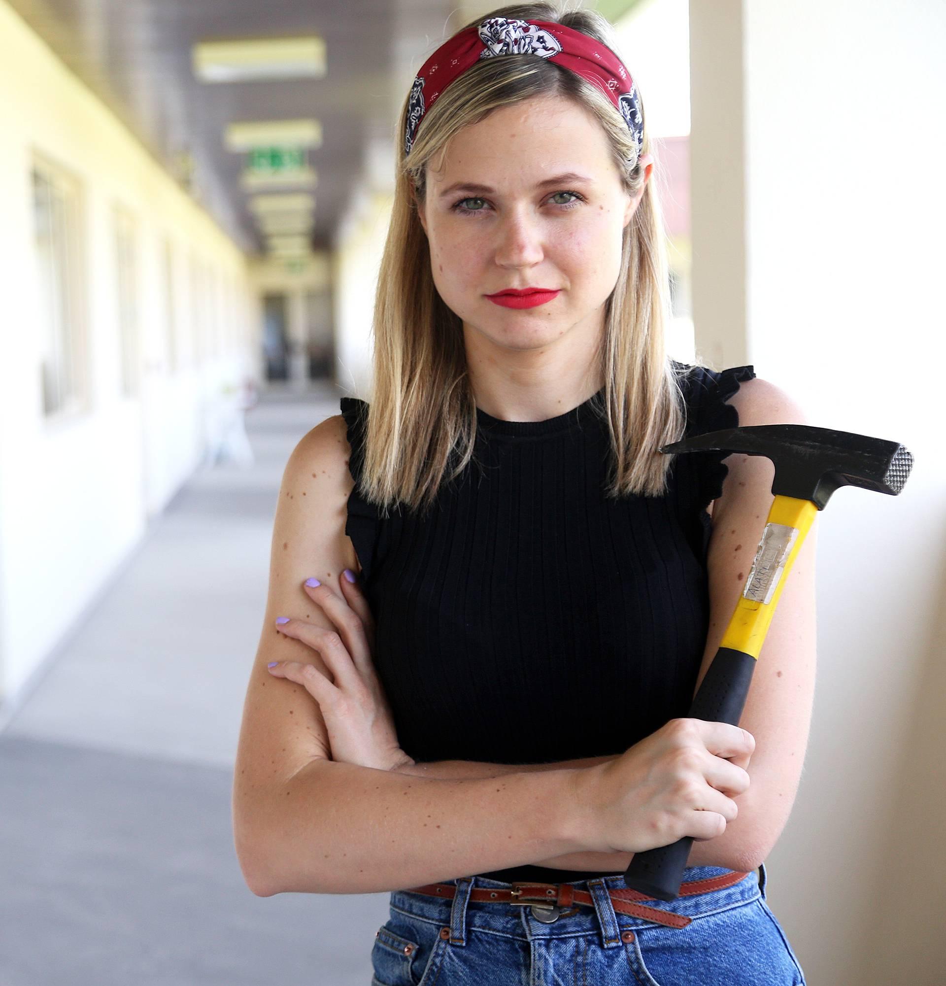 Žene, ne trebate majstora: 10 jednostavnih kućnih popravaka