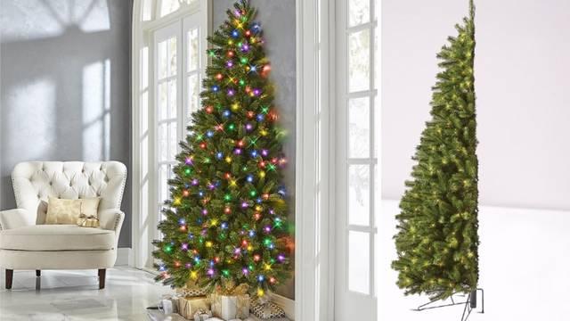 Sad možete kupiti pola jelke za Božić, zauzima manje mjesta