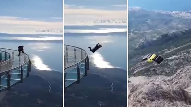 Snimio skok padobranom sa zatvorenog Skywalka Biokova