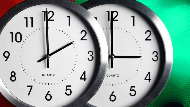 EU rezolucija: Pomicanje sata želimo ukinuti 2021. godine...