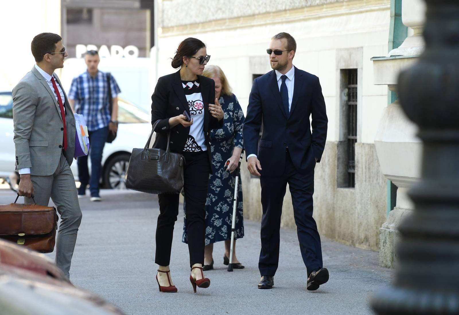 Zagreb: U aferi Dnevnice poèelo roèište, Tomislav Saucha stigao na sud