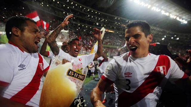 Soccer Football - Peru v New Zealand - 2018 World Cup Qualifying Playoffs