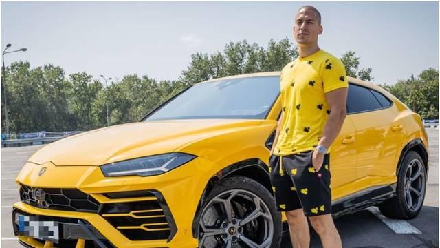 Baka Prase pohvalio se novim autom: 'Sirotinjski, ali pošteno'