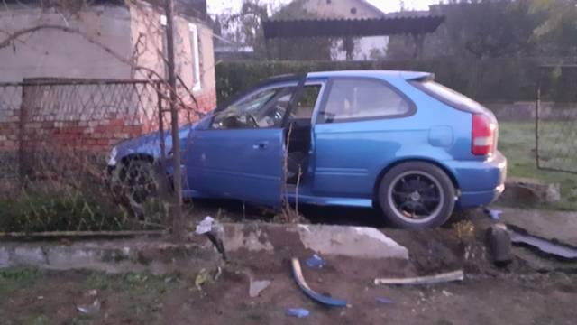 'Susjed me probudio i rekao da mi se netko autom zabio u kuću'
