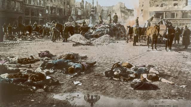 Dresden, Leichenverbrennung 1945