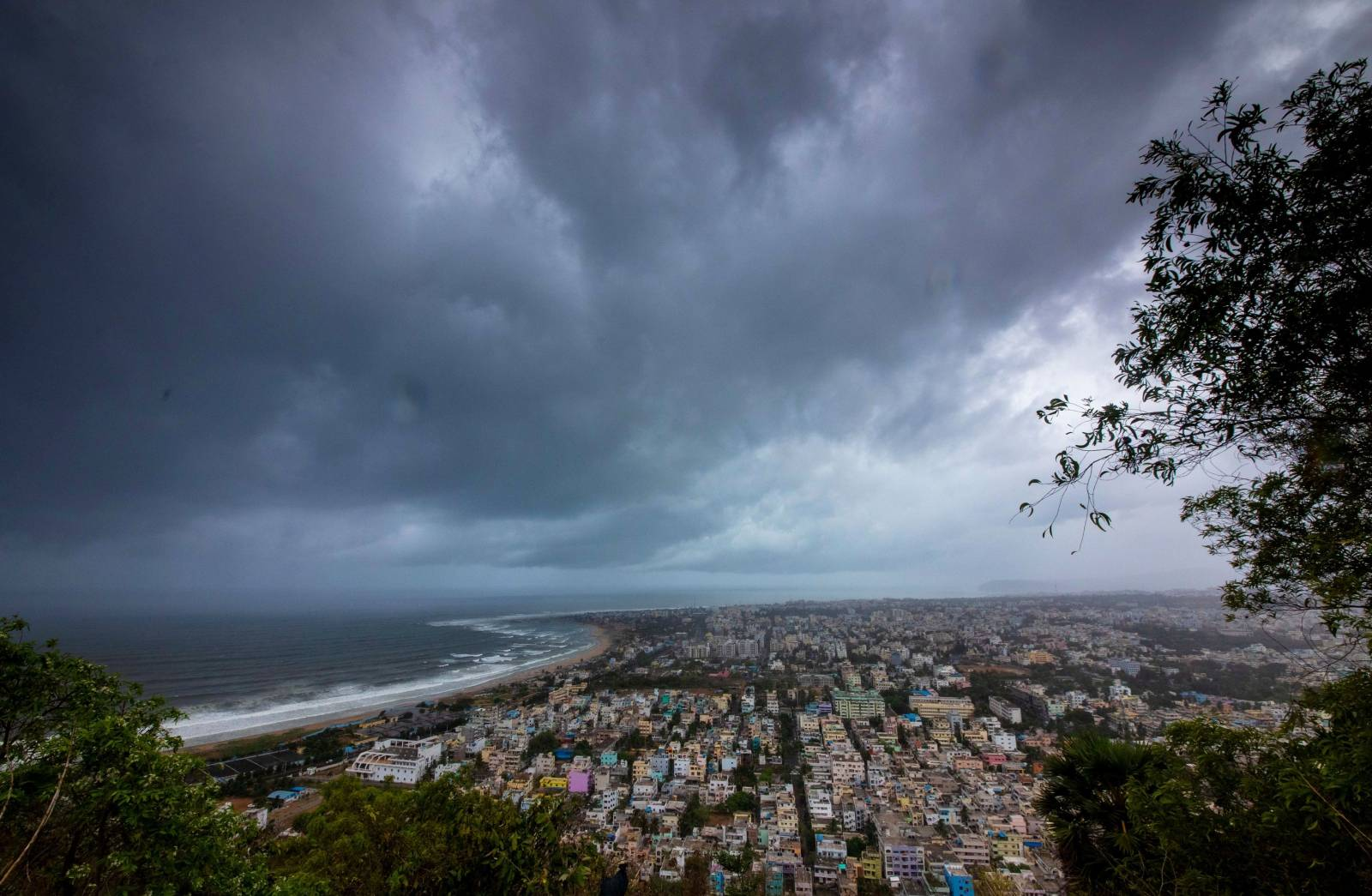 Clouds loom ahead of cyclone Fani in Visakhapatnam