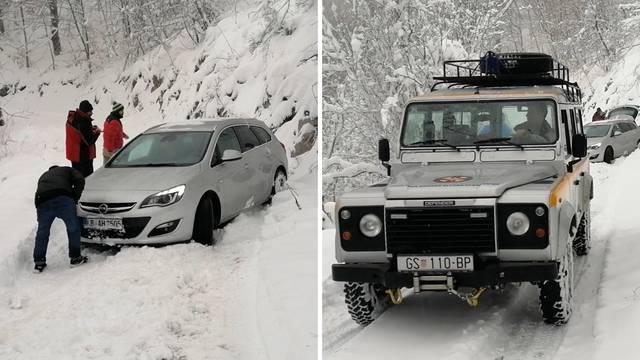Navigacija ih umjesto u Albaniju odvela u snijeg na Velebitu, bili su zakopani do dolaska HGSS-a