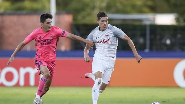 Salzburg U19 v Real Madrid U19 - UEFA Youth League - Semi-Final - Colovray Sports Centre