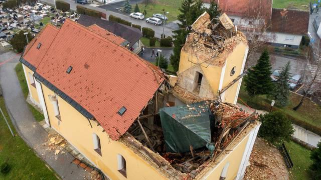 Crkva Uzvišenja Svetog Križa u Kravarskom stradala u potresu