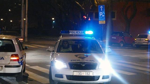Nasilje kod Lekenika: Pretukao ženu pa   pucao po stanu i kafiću