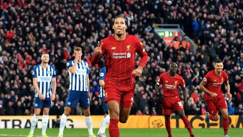 Čudesni Van Dijk s dva gola je odveo Liverpool na +11 bodova