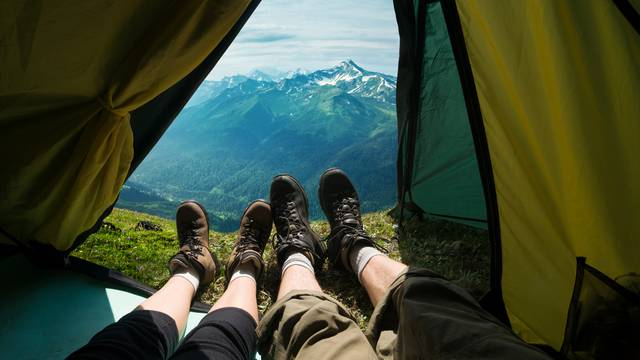 Skupo kampiranje: Jednu noć u šatoru naplaćaju 10.000 kuna