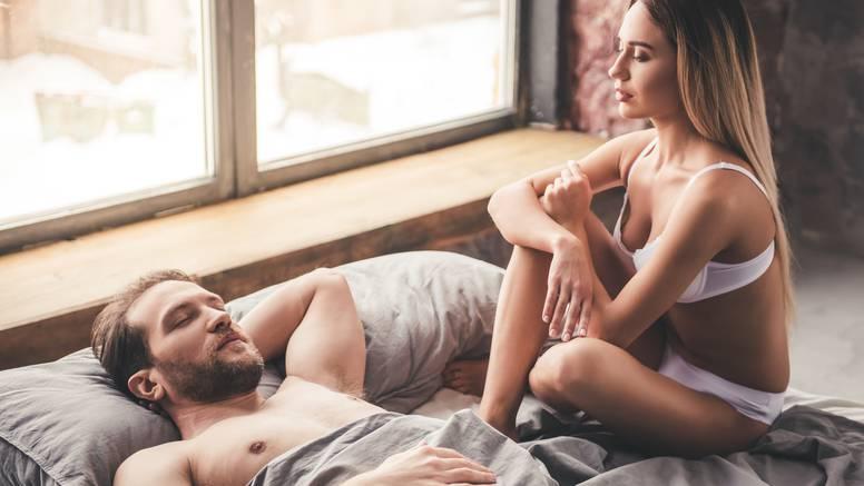 Muke obdarenih: 'Penis veći od 25 cm lako može uništiti vezu'