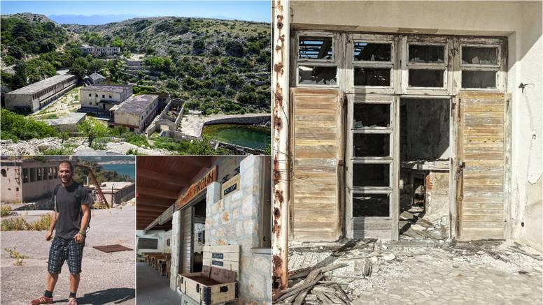 Bili smo u hrvatskom Alcatrazu: Otok je potpuno zapušten, ali na njemu i dalje ima života...