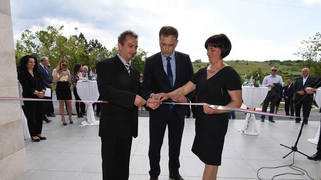 Ministar Kliman otvorio novi hotel i turističko naselje u Istri