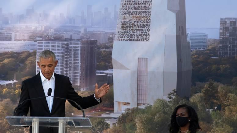 Barack Obama položio kamen temeljac za predsjednički centar