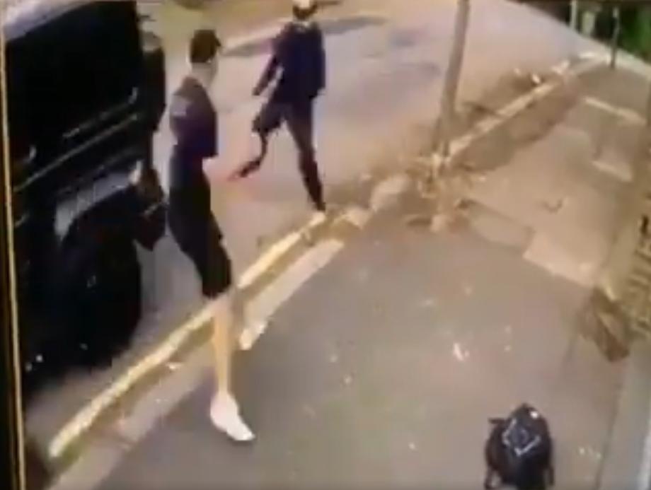 Napali su Özila nožem! Sead Kolašinac spasio mu je život