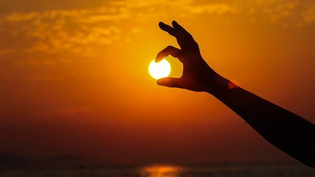 Vatreni zalazak Sunca u Zadru