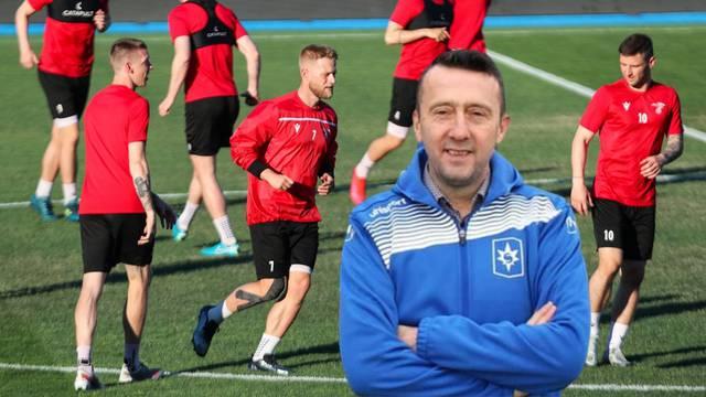 'Bio sam trener Valura. Igrači na Islandu su završili fakultete, to su bankari, odvjetnici, direktori'
