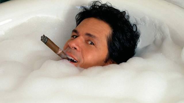'Natjerao sam Cruza iz Santa Barbare u kadu s pjenom...'